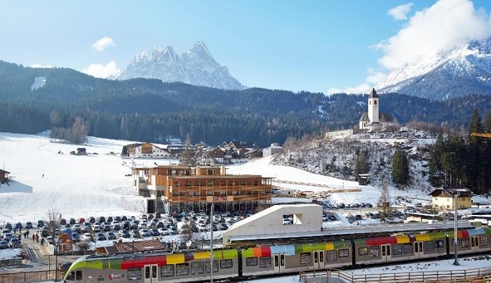 Fermata-treno-neve-Val-Pusteria