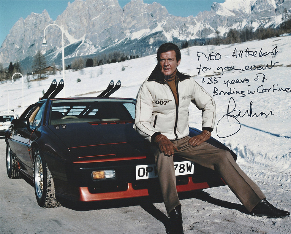 James-Bond-Cortina